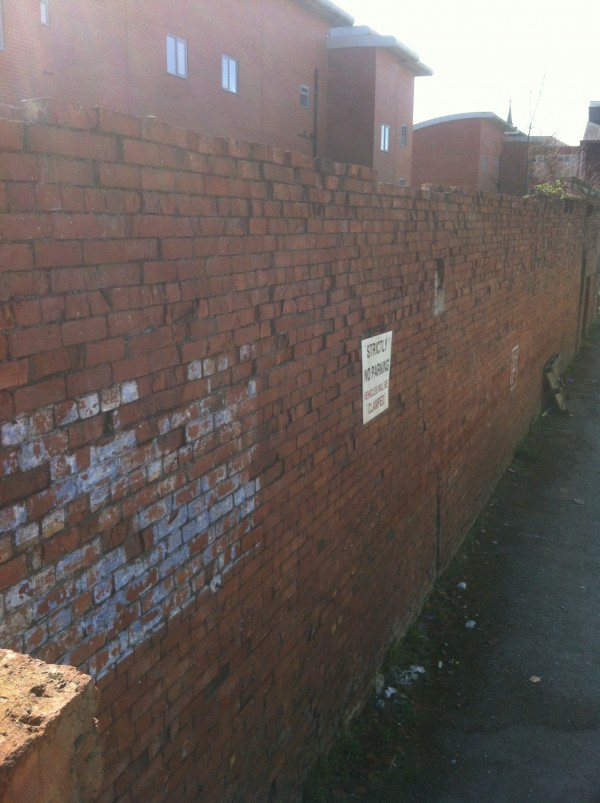 Rebuilding unstable wall in Newcastle